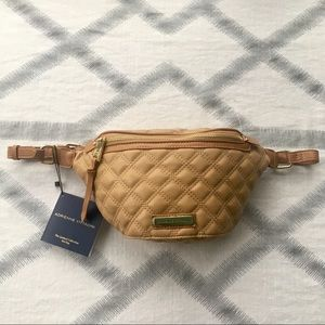 ADRIENNE VITTADINI Belt Bag The Quilted Collection